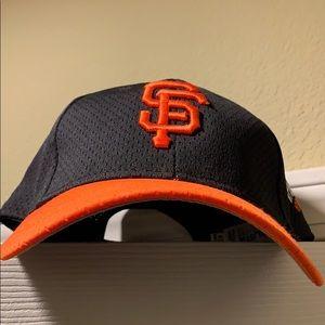 SF Giants Rare Spring Training Black & Orange Cap!